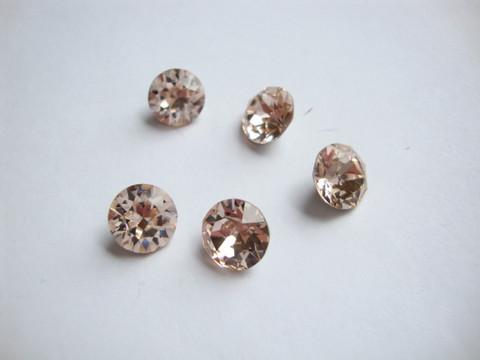 Swarovski kristalli rivoli silkkibeige pyöreä 8 m SS39 (2 kpl/pss)