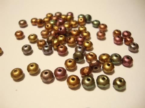 Tsekkiläinen fasettihiottu lasihelmi rondelli opaakki metallivärit sekoitus 3 x 5 mm (30 kpl/pss)