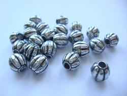 ABS muovihelmi antiikkihopeanvärinen 9 x 8 mm, reikä 3 mm (20 kpl/pss)