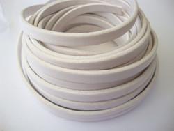 Nahkanauha litteä valkoinen 5 x 2 mm sileä nappanahka (m-erä 20 cm)