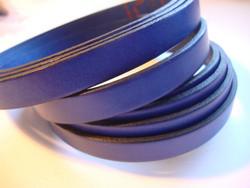 Nahkanauha litteä sininen 10 x 2 mm sileä nappanahka (m-erä 20 cm)