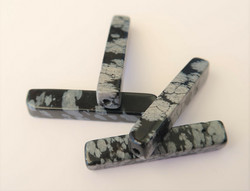 Kivihelmi musta / harmaakuvioinen putki 30 x 5 mm (2 kpl/pss)