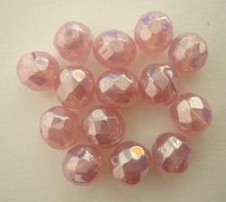 Tsekkiläinen fasettihiottu lasihelmi pyöreä opaakki roosa 8 mm (20/pss)