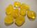 Lasihelmi keltainen nuggetti 16 - 20 mm (10 kpl/pss)