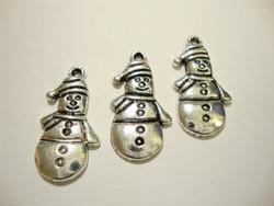 Riipus hopeanvärinen lumiukko 25 x 13 mm