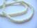 Luuhelmi valkoinen rondelli n. 5 x 2 mm (20 kpl/pss)