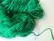 Kierrätyssilkkinauha pyöreä värjätty smaragdinvihreä n. 1,5 - 2 mm