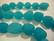 Huurrelasihelmi veden sininen opaakki nuggetti 10 - 15 mm (7 kpl/nauha)