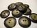 Luunappi oliivin vihreä / tumma pyöreä 25 mm