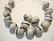 Akryylihelmi harmaa -musta-valkoinen pyöreä 10 mm (4 kpl/pss)