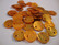 Simpukkahelmi/-linkki oranssi pyöreä litteä 10 mm, 2 reikäinen (10/pss)
