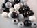 Rayher Puuhelmimix (puuhelmisekoitus) musta-harmaa-valkoinen 12 mm (32  kpl/pss)