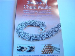 Basics of Chain Maille -kirja
