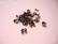 Palloketjun lukko/päätykappale musta (gunmetal) liimattava 5 mm, sopii 2,4 mm palloketjuun (10/pss)