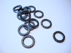 TierraCast Korulinkki Taottu musta 13 mm, sisämitta 8,7 mm (2 kpl/pss)