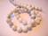 Kivihelmi Howliitti valkoinen / harmaa pyöreä 12 mm (10 kpl/pss)