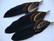 A Sulka/höyhen Duo musta/ruskeasävyinen n. 7 cm ripustuskoukulla