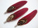 A Sulka/höyhen Duo tummanpunainen/ruskeasävyinen n. 7 cm ripustuskoukulla