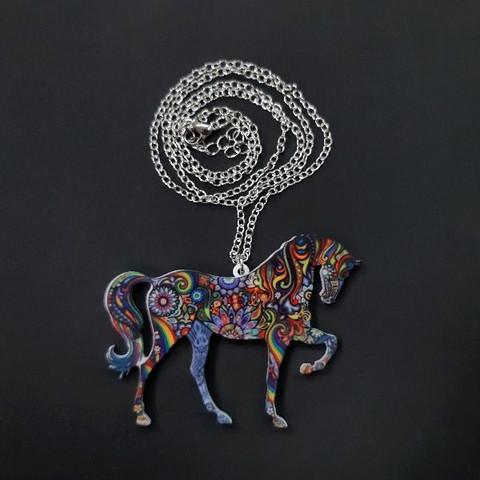 Hevonen -kaulakoru