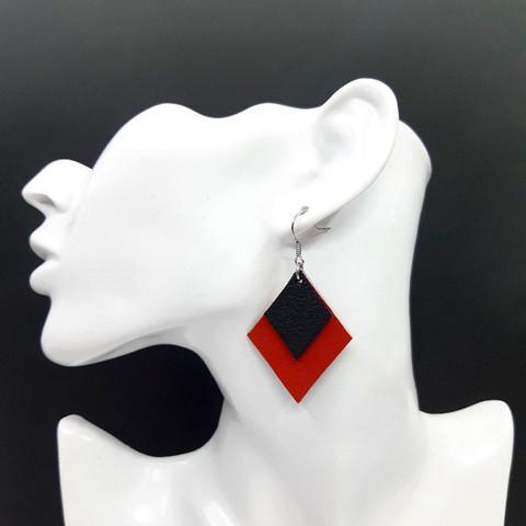 Salmiakki-korvakorut, punainen + musta