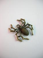 Hämähäkki-Riipus 1kpl