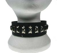 Kaulapanta: Metalliniiteillä
