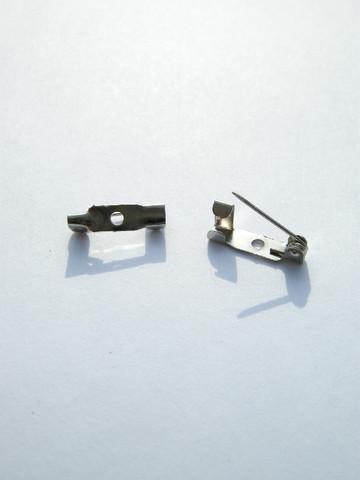 15mm Rintaneulanpohja: Platina 10kpl