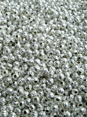 4mm Hopeoidut metallihelmet: 50kpl