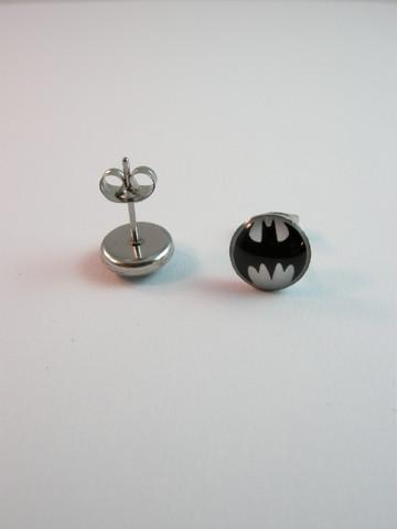 Batman-nappikorvikset 316L