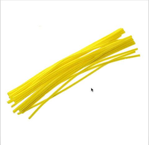 Pitkät piippurassit: Keltainen