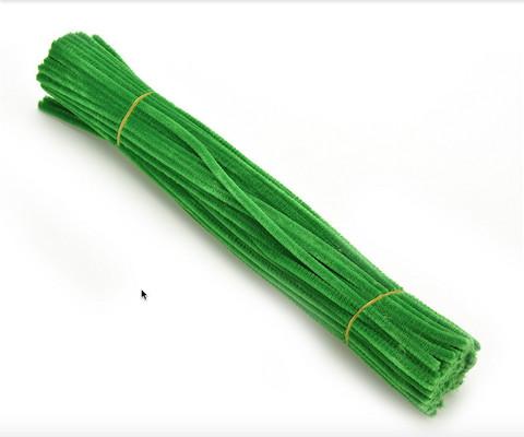 Pitkät piippurassit: Vaaleanvihreä