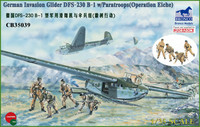 German Glider DFS 230 B-1 with 4 Fallschirmjäger Figures 1/35