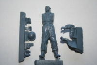 The British Officer WWII with Binoculars 1/35