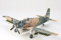 Douglas A-1J Skyraider US Air Force 1/48