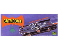 Classic Batmobile, mukana Batman ja Robin figuurit