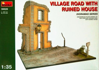 Village Road with Ruined House 1/35