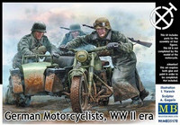German Motorcyclists WWII Era ( Contains only figures) 1/35