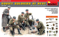Soviet Soldiers at Rest (Special Edition) 1/35