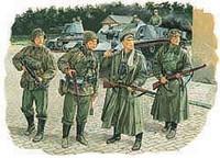 Panzermeyer with grenadiers, Mariupol 1941 1/35