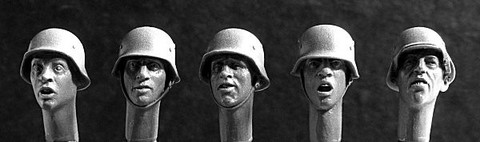 5 Heads with German WWII Helmets 1/35