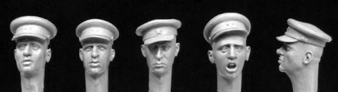 Soviet WW2 Officers Caps  1/35