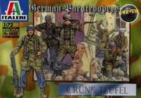 German Paratroopers  1/72