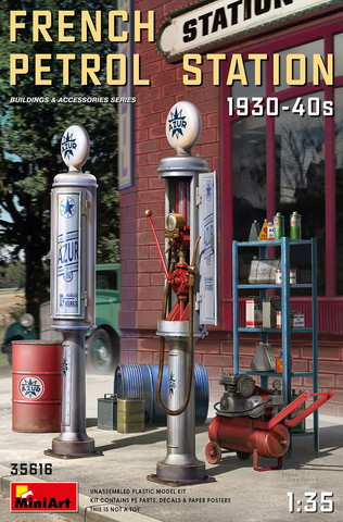 French Petrol Station 1930-40S	1/35