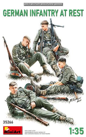 German Infantry at Rest  1/35
