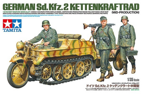 SdKfz 2 Kleines Kettenkraftrad (Mid. Prod.) & 3 Figures 1/35