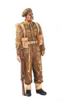 The British Soldier with Rifle 1/35