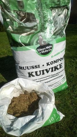 Huussi-kompostikuivike 40 litraa pakkaus, sisältää rahdin