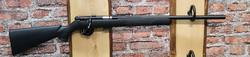 Savage Arms 93 Varmint, lippallinen 17HMR. ( ei äänenvaimennin kierrettä )
