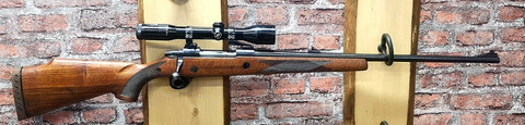 Sako L61R  kivääri 338 cal.   hyvässä kunnossa + kikari Zeiss  Diavari -ZA 1,5-6 x 42. VARATTU