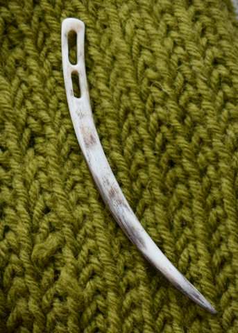 Bindningsnål 10,5cm lång av kohorn